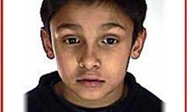 Gyógyszerei nélkül indult el egy 13 éves fiú, felismeri?