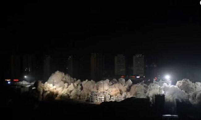19 épület dőlt össze a hatalmas robbantásban - videó