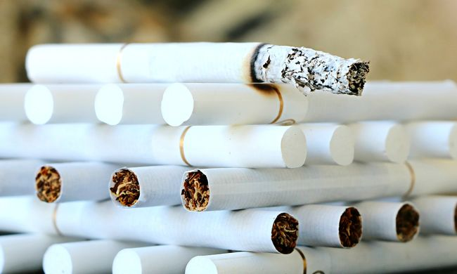 A dohányzás ölt