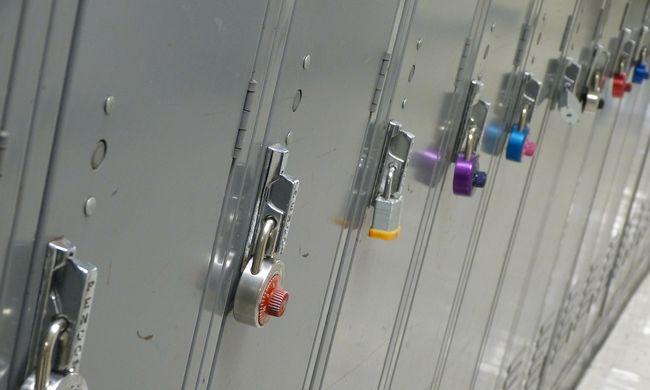 6 baba bomló holtteste hevert a szekrényben
