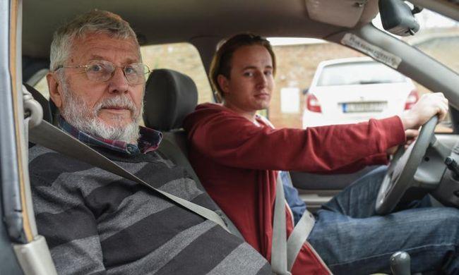 Buszsofőrnek készült, autós oktató lett - és maradt is 46 évig