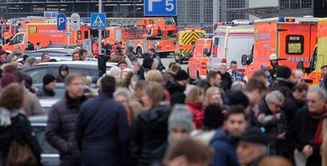 Kiürítették a repteret: rejtélyes méreganyag került a levegőbe