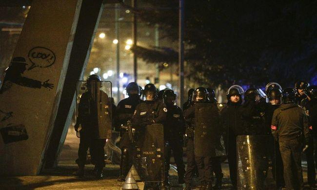 Autósüldözés és lövöldözés, lezárták a főváros egy részét