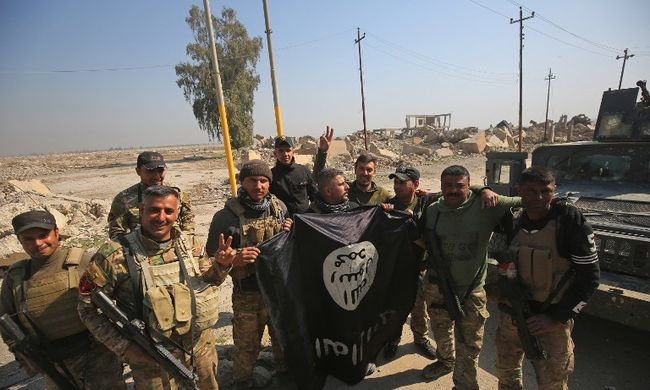 Terrortámadások tömegeire készül az Iszlám Állam