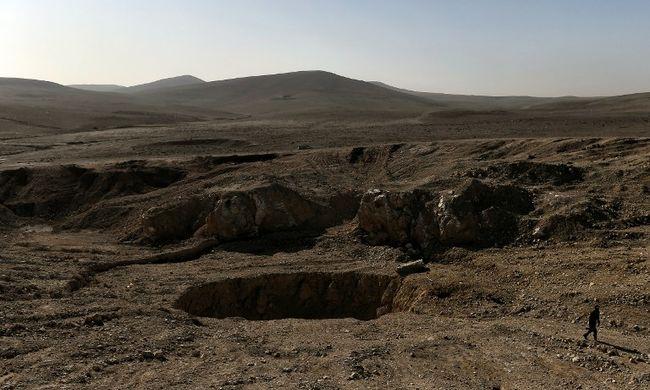 Szörnyű látvány, jeltelen sírokban találtak holttesteket
