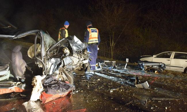 Tragédia Karcagnál: nőtt a halálos áldozatok száma