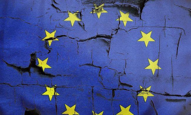 Lejtőn az EU, egyre kevesebben gondolnak pozitívan rá