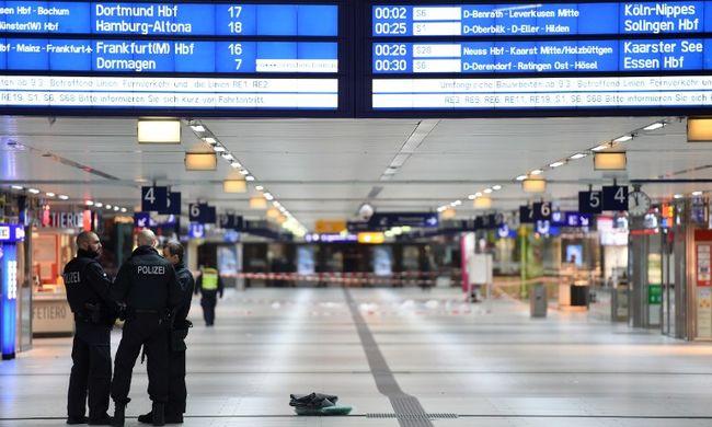 """""""Őrültnek tűnt"""" - 13 éves kislányt is megsebesített az állomáson a baltás ámokfutó"""