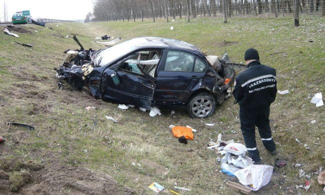 Teljes útlezárás: szörnyű tragédia áldozata lett egy ember az M5-ösön - fotó