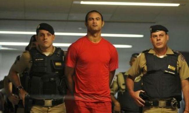 Brutális részletek: szabadon engedték a focistát, aki kivégezte gyermeke anyját