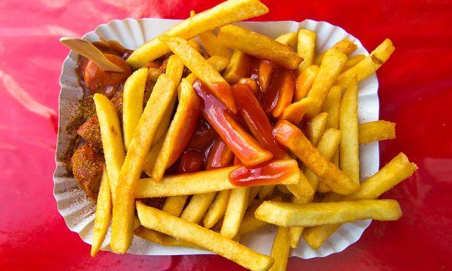 """Túl jól sikerült az átverés: ketchupos """"gyilkosság"""" miatt kerül börtönbe a pár"""