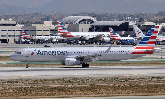 Horror a repülőn: halott magzatra bukkantak a takarítók
