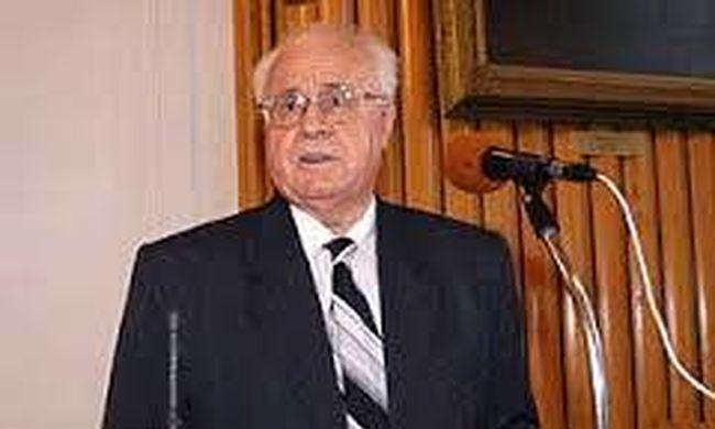 Tragikus hír érkezett: meghalt az egykori miniszter