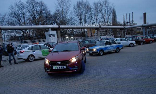 Vicces zsaru vegzált Lada Vestást