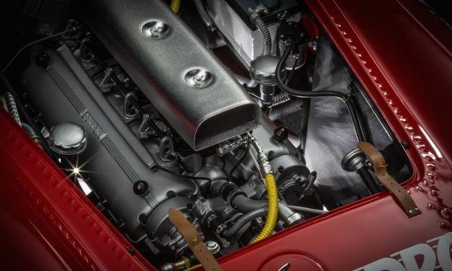 Új Bugattik, Ferrarik, és Porschék készülnek Pécsett - 2. rész