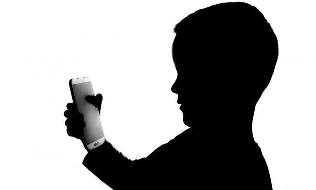 Ismeretlen szólított le egy gyereket Ózd belvárosában, felháborító, amit utána tett