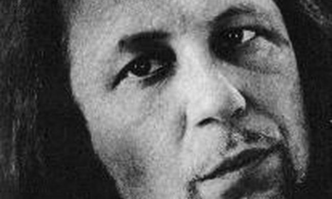 Tragikus hírt közölt a család: betegségben hunyt el a magyar művész