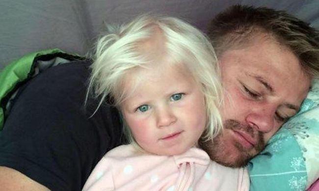Családi tragédia történt a nyaraláson: édesapjával halt meg a kétéves kislány