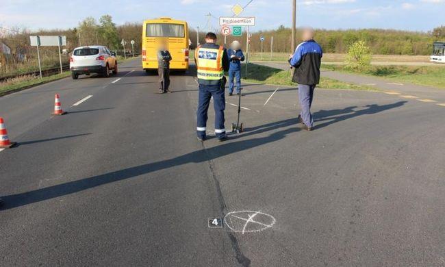 Halálos buszbaleset: tízéves kisfiú vesztette életét Hajdúsámsonban