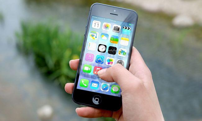 Botrány a mobilszolgáltatónál: szexvideót lopott ügyfelétől a dolgozó