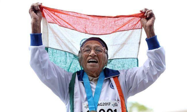 101 éves atléta nyerte meg a futóversenyt - videó