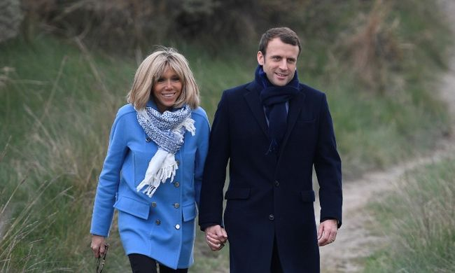 25 évvel idősebb feleségével cukkolják az elnökjelöltet