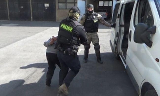Megkínzott holttestre bukkantak Borsodban, ők gyilkoltak - videó