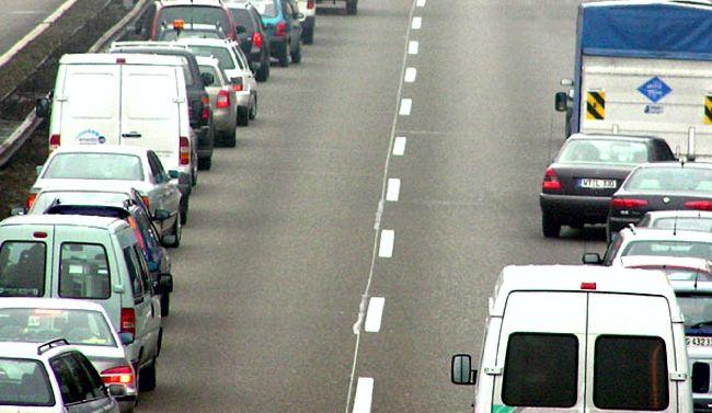 Kreszprofesszor: Kiemelt veszély és büntetés: autópályán leállósávon előzés