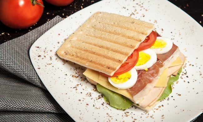 Betört a házba a férfi - és csinált magának egy szendvicset