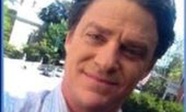 Most érkezett a hír: holtan találták a népszerű tévést