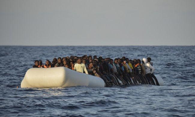 Ezzel a tervvel állítaná meg a migránsokat az EU