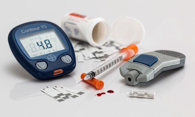 Inzulinnal adagolta túl autista lányát az ideges anya