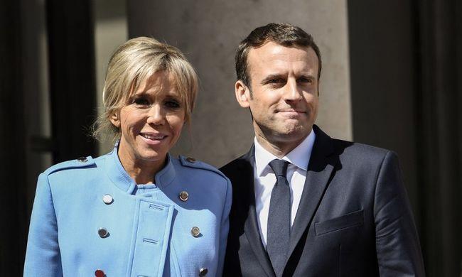 """""""Csinos a mamája"""" - Berlusconi is Macron feleségét támadja"""