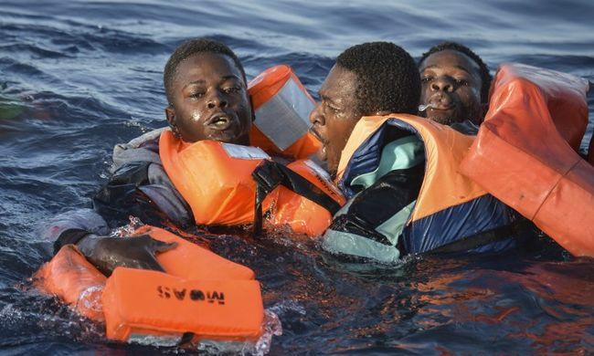 Több ezer migráns fulladt a tengerbe