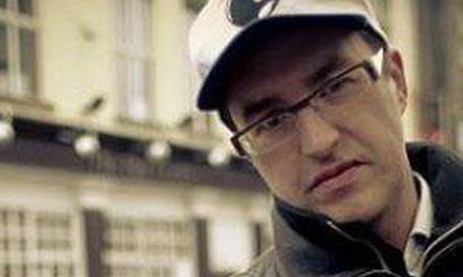 Tragikus hírt kapott a család: holtan találták a népszerű zenészt