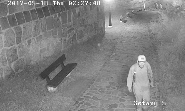 Kamera előtt őrjöngött a turisták által kedvelt helyen az egri férfi, felismeri?