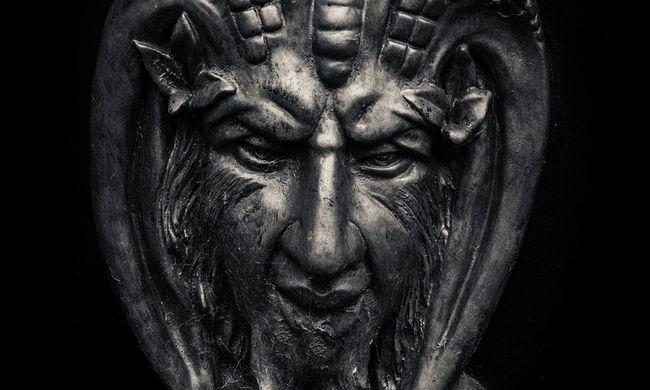 Csak a nyaklánca maradt meg - sátáni rituálén áldozták fel a szép kismamát