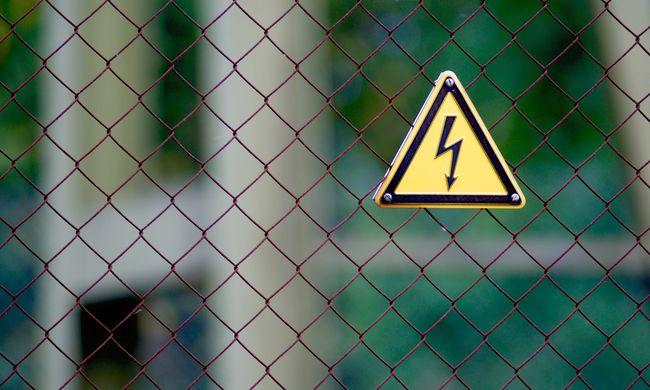 Tragédia a vasútnál: halálra rázott az áram egy kisfiút