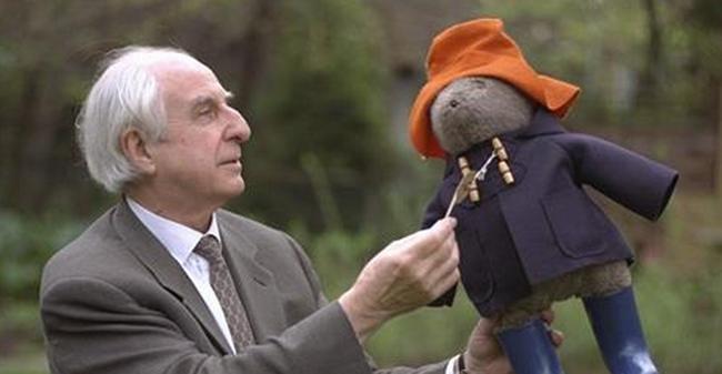 Szomorú hír jött: meghalt a gyerekek kedvence, a Paddington mackó megalkotója