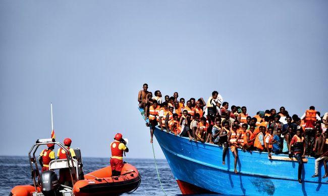 Elszabadult a pokol a tengerparton, migránsok és terroristák jönnek