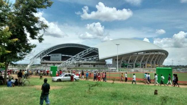 Pánik tört ki a meccs előtt: gyerekek is meghaltak a stadionban