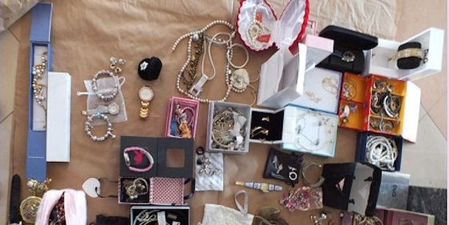 Kicselezte a riasztókat és több százmilliónyi értéket lopott egy debreceni artista