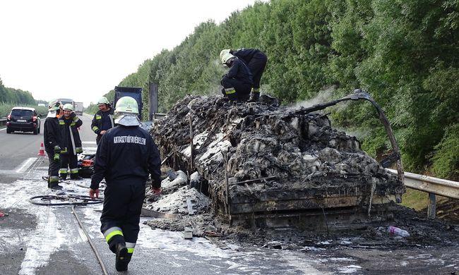 Szörnyű baleset történt Kecskemétnél, itt vannak az első fotók