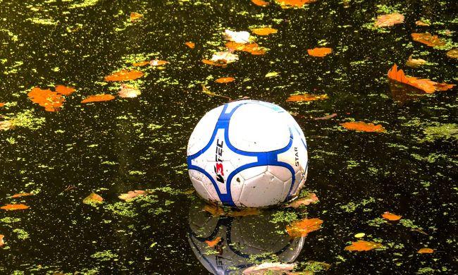 A labdáért ugrott a vízbe a kisfiú, többé nem jött ki