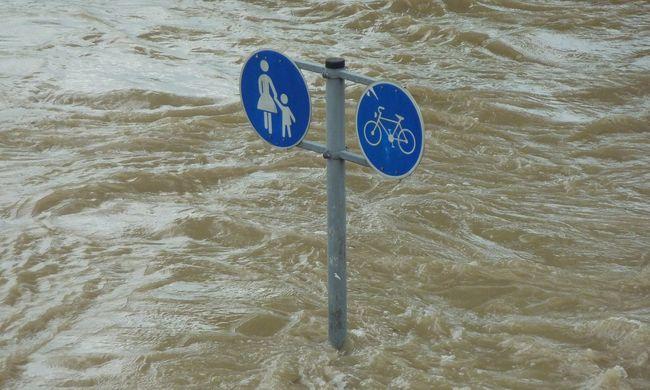 Katasztrófahelyzet van a magyarok kedvenc üdülőjénél - Horvátországot elöntötte a víz