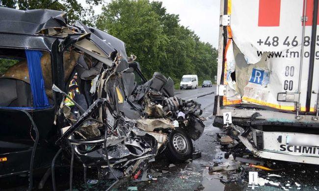 Tragédiát okozott a román sofőr, hárman haltak meg miatta Hajdú-Bihar megyében