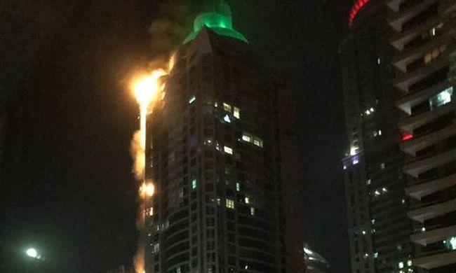 Pusztító tűz gyulladt a világ egyik legmagasabb társasházában