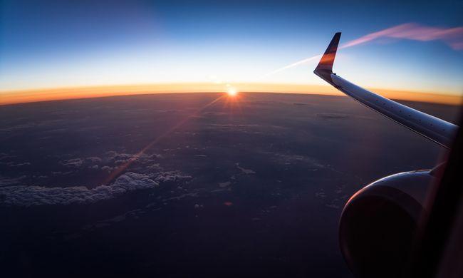 Az életükért imádkoztak a Ryanair utasai, viharba került a gép
