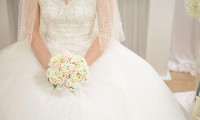 Elképesztő jelenet az esküvőn, röhögésben tört ki a násznép