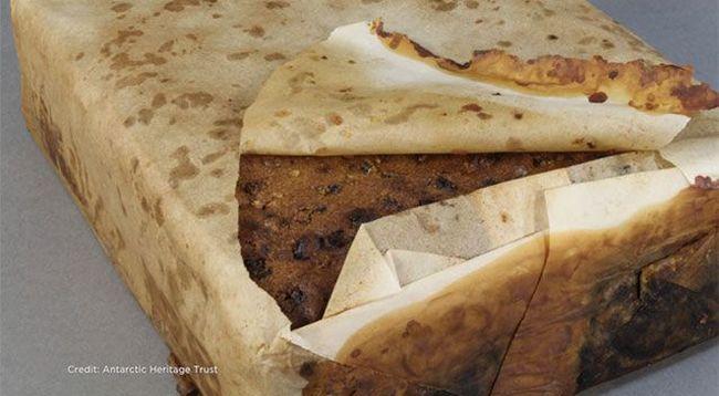 Meglepő felfedezés: szinte ehető 100 éves tortára találtak a jégben a kutatók
